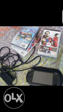 psp with 6 cd