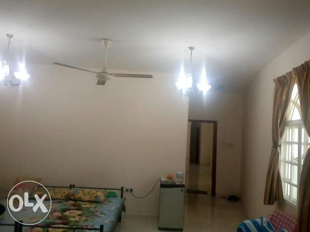 Big and clean room in ghubrah only for ladies or small family