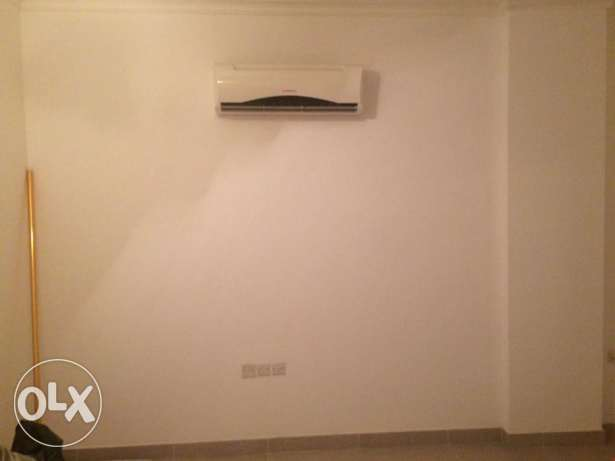 Room with Attached Bathroom for Rent - For Ladies Only الغبرة الشمالية -  4