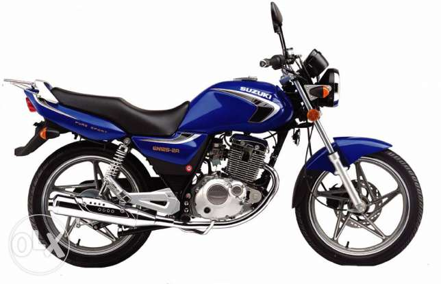 Suzuki EN125 (Almost New)