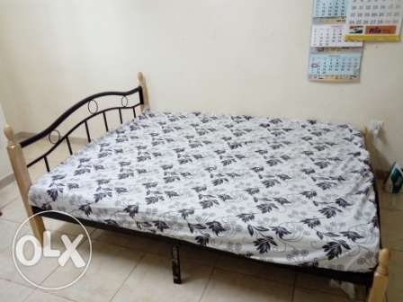 Steel Cart with Queen Size Raha Medical matress-Cheap-Expats Leaving مسقط -  1