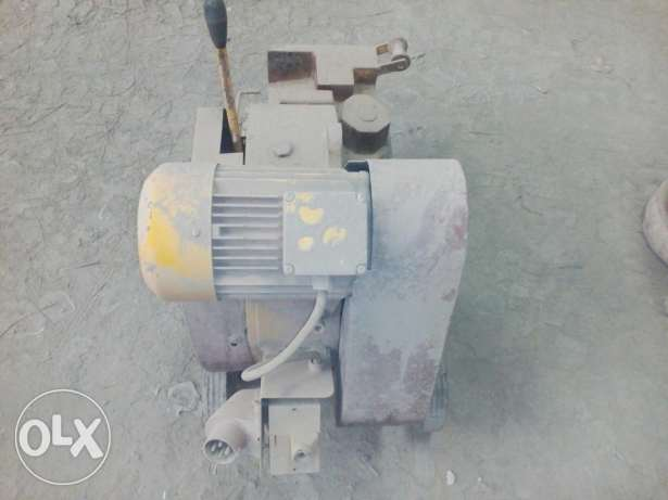 Electrical steel cutter for sale avilable
