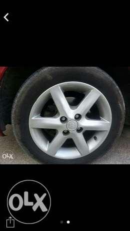 Toyota 4 rings original 15 مسقط -  2