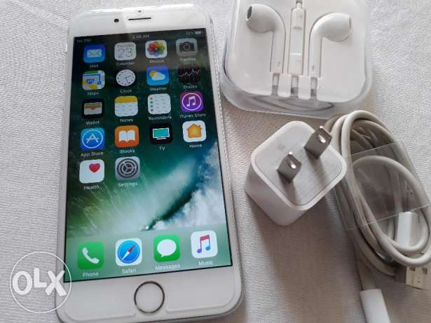 Iphone 6s 64gb silver with all original accessories