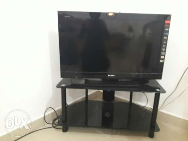 """32"""" inch LCD tv with tv troley"""