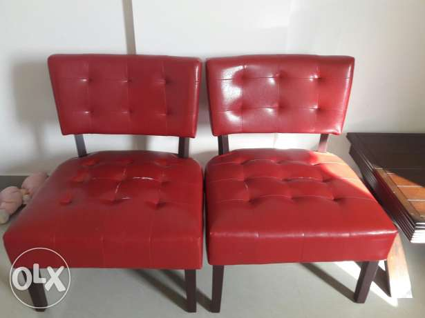 2 chairs bought 8 months back. Need repair. Damage due to shifting. السيب -  1