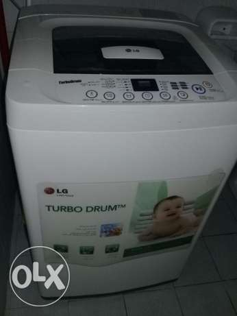 LG fully automatic Washing machine 7kg for sale,expat leaving to India