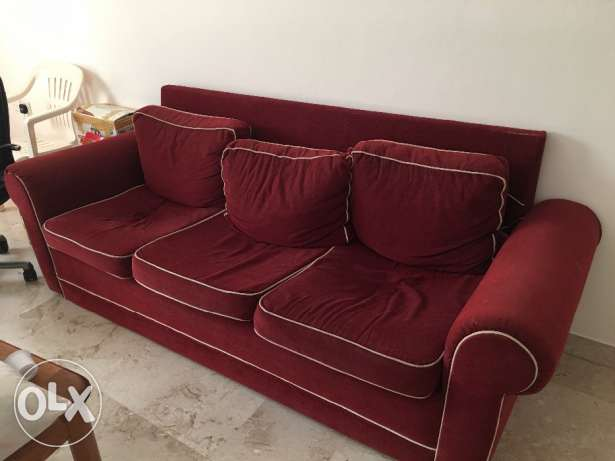 3 seater sofa in excellent condition for Sale
