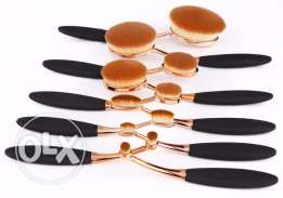 New 10 pcs Makeup Brush in Rose Gold Set for Women In Exclusive Price