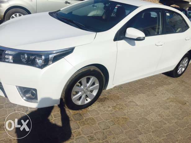 Toyota Corolla. 2015 model. 40000 km only. 5200 OMR. مسقط -  3