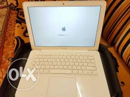 Macbook 2009 for sell