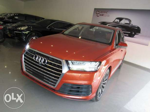Audi q 7 S line 3.0 twin turbo super charge at CLASSIC CAR