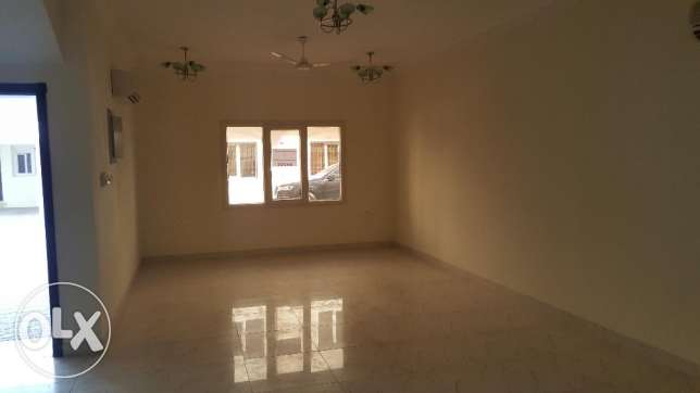 5bhk compound villa in azaiba for Rent مسقط -  1
