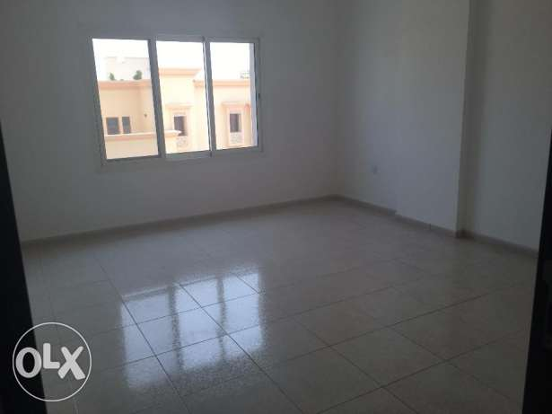 brand new flat for rent in al ozaiba بوشر -  7