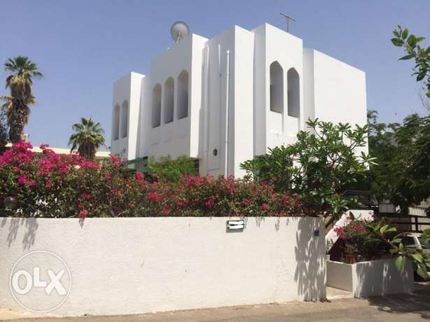 Fully Furnished Villa For Rent In Qurum
