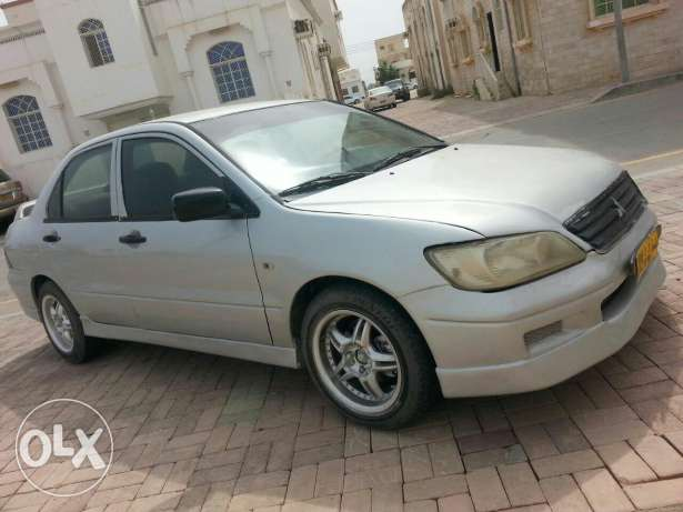 For sale model 2001 glass automatic and manual gear milkiya espire