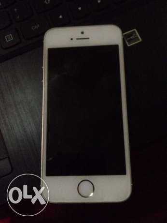 Genuine I phone 5s Gold 64 GB with facetime and warranty الغبرة الشمالية -  3
