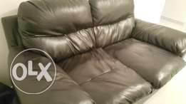 3+2 leather couch and coffee table from Home Centre for sale