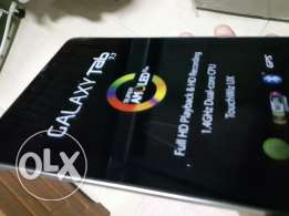 Samsung Tab 7.7 inch with metal back and sim card