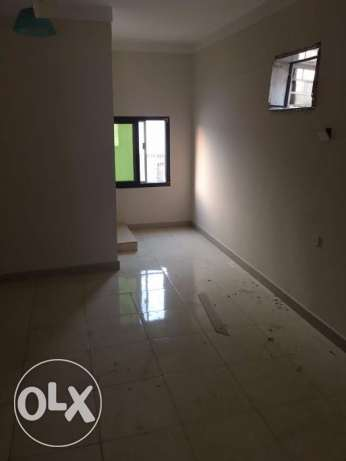 3 BHK for rent in alkhawir 17/1 3 bedrooms Hall Big kitche مسقط -  3