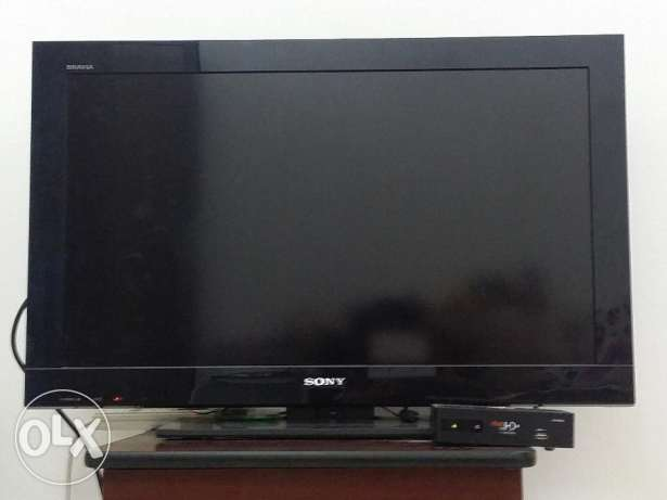 Sony LCD TV 32inch + HD plus receiver