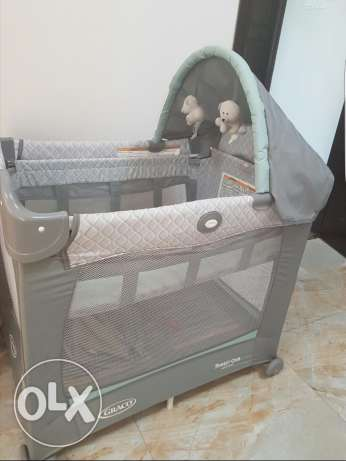 Graco bed , travel lite crib with stages السيب -  1