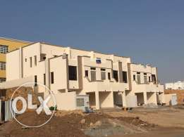 brand new 4 villas for rent in al ansab phase 4 .