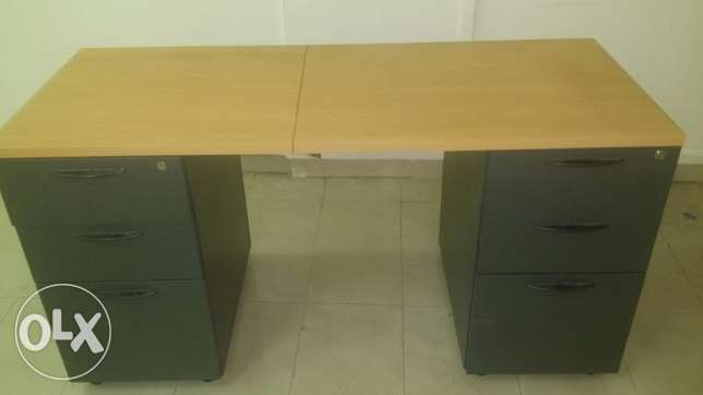 Wooden table desk in excellent condition