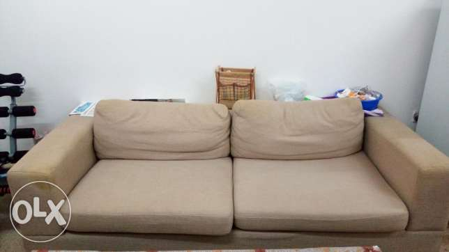 Sofa Set 3+2+1 with Middle table -Expat leaving before 30/3/17