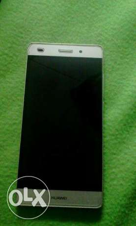 HUAWEI p8 lite only 42 omr only mobile urgent sale only the unit ok