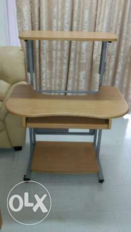 Movable Computer Table