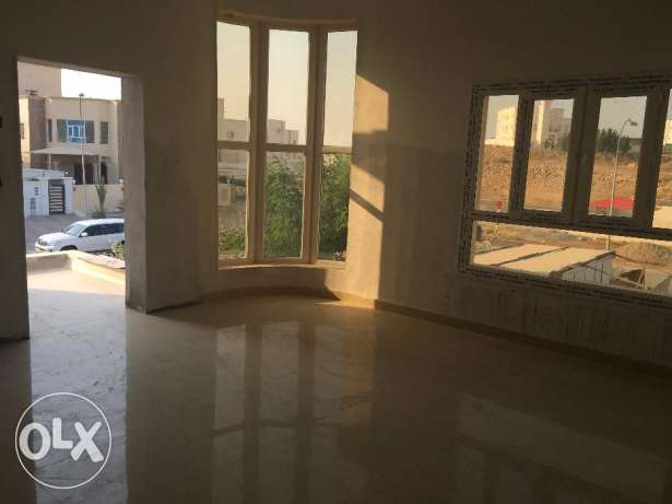 w1 brand new villa for rent in al ansab بوشر -  6