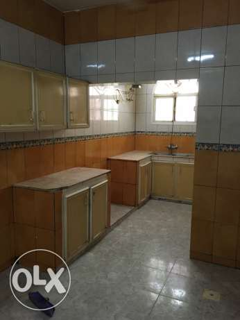 flats in ghubra for rent السيب -  1