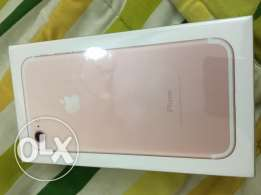 iPhone 7 35 GB Golden Color