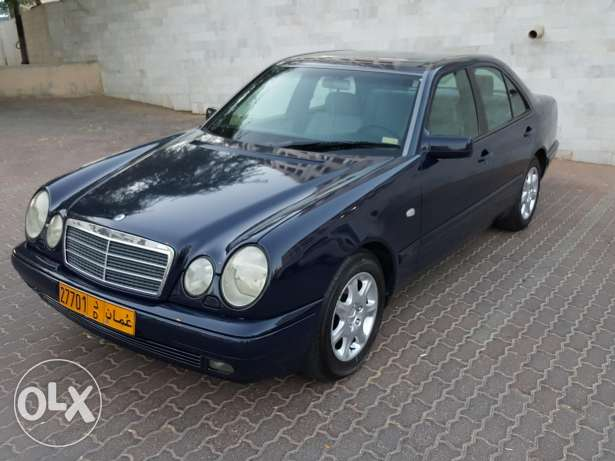 E280 for sale with one year mulkiya and insurance مسقط -  1