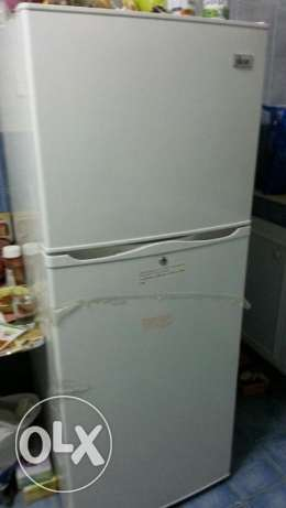 Fridge like new in good price بوشر -  1