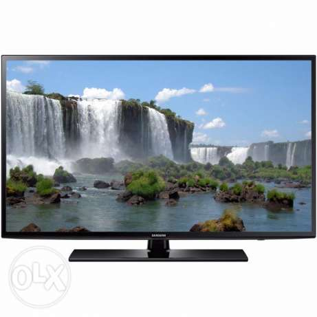 Samsung Smart TV 40 inches LED with wall bracket