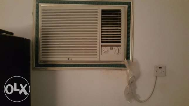 1. 5 ton LG window ac like new.