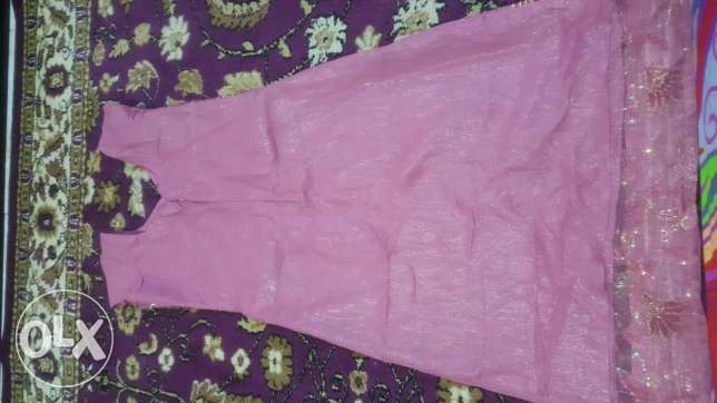 Indian dress for sale very good 1 time use good colour very nice dress