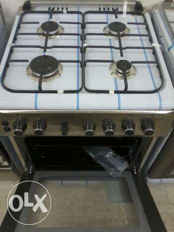 NEW Unused cooker 60 cms Turkey made omr 75