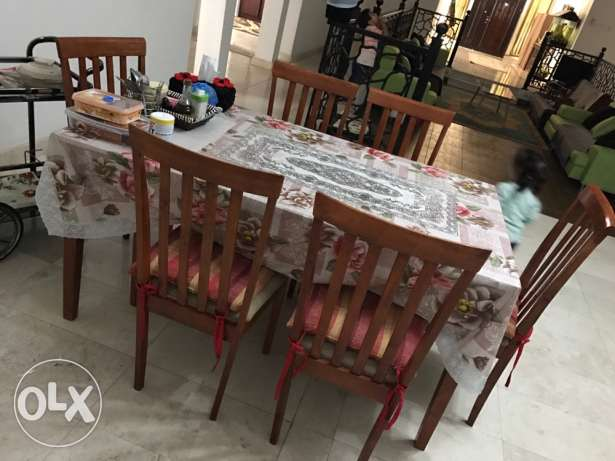 dining table with 6 chairs مسقط -  2
