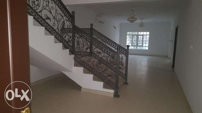 w1 Brand new villa for rent in al ozaiba behind automatic بوشر -  3