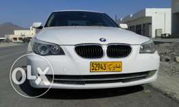 Clean and clear car white colour compelet ok drive gulf of car