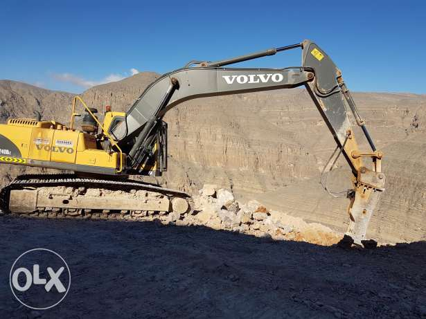 240 volvo excavator 2012 model for sell and rent