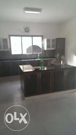 4 + Maids Room Excellent Twin Villa in South Ghubrah بوشر -  2