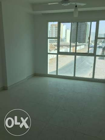new flat for rent in ghala for 350 riel مسقط -  3
