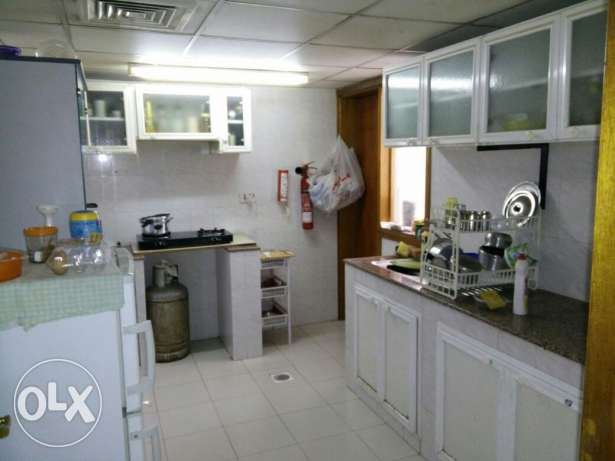 Room for rent in prime location rawasco al khuwair مسقط -  2