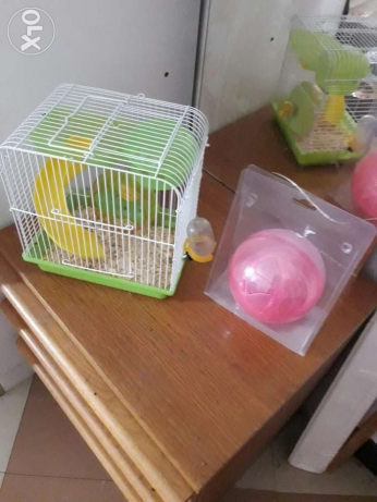 Hamster Cage wt Roller Ball