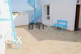 Ghubrah North - 2 Bedroom Penthouse Apartment For Rent