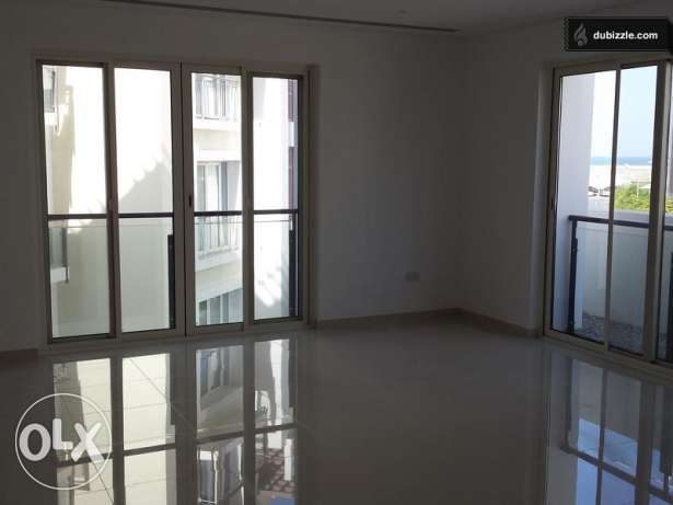 For Sale a Beautiful 3 Bedrooms Flat at Heart of Wave Al Mouj مسقط -  5